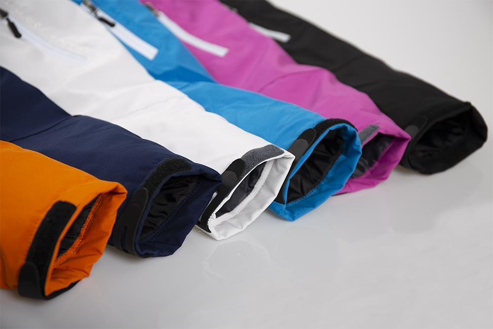 Women's snow jacket sleeves in multi colours